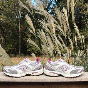 New balance Running tennis shoes.